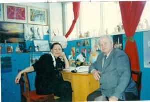 Г.А. Палкина, И.И. Морозов в Краснокамском радиоузле. [1990-е]