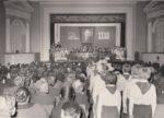 Пионеры приветствуют делегатов XXXII городской партийной конференции в ДК Гознака. 1985. Ф.140.Оп.1.Д.1325
