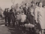 Первомайская демонстрация. Колонна работников бумажной фабрики Гознак. 1977. Ф.140.Оп.1.Д.515