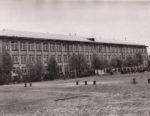 Здание школы №2. Общий вид. 1974. Ф.140.Оп.1.Д.1235.Л.1