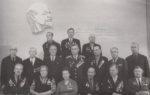 Лебедев Н.В. (третий справа в первом ряду) среди членов городского Совета ветеранов. 1975. Ф.89.Оп.1.Д.118