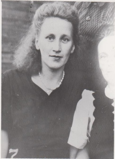 Врач Карманова Г.Д.,1941 г. Ф.140.Оп.1.Д.6